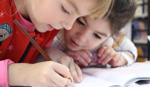 הבדלים בין בנים לבנות עם הפרעת קשב וריכוז
